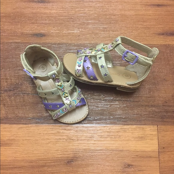 Pre Owned Baby Girl Sandals Size 5